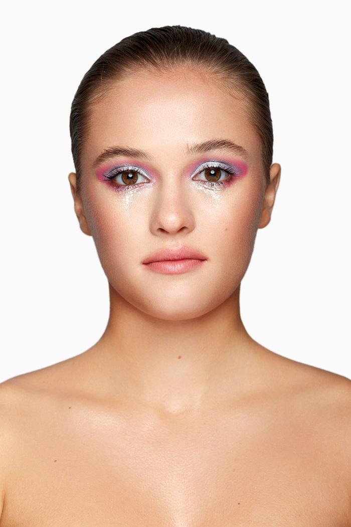 слезы из глиттера макияж