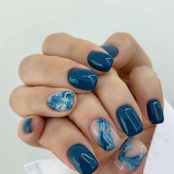 волны на ногтях