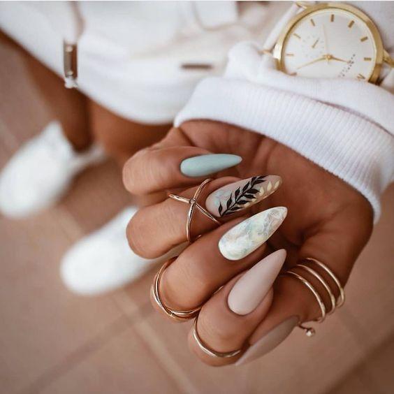 миндальные ногти