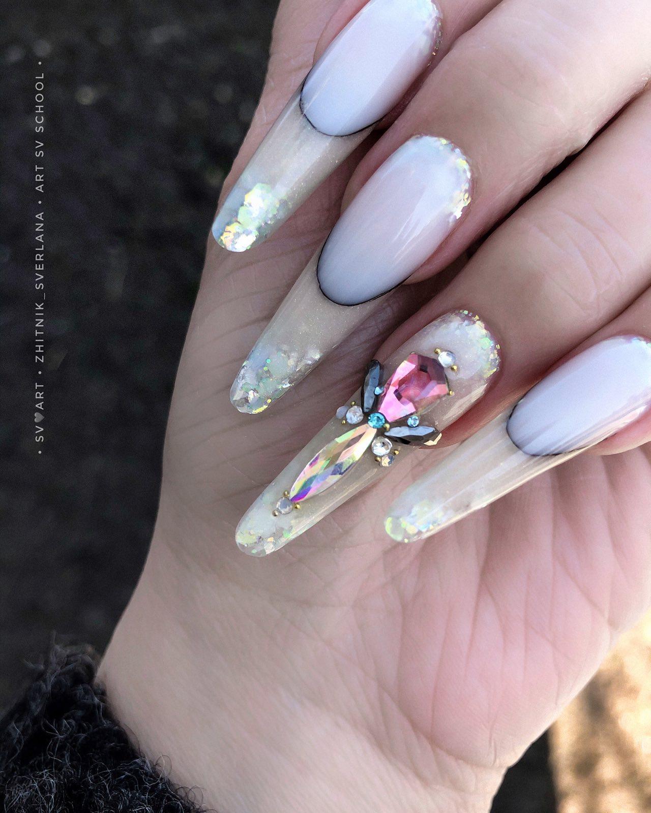 моделирование ногтей блестки