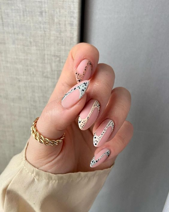 дизайн ногтей 2021