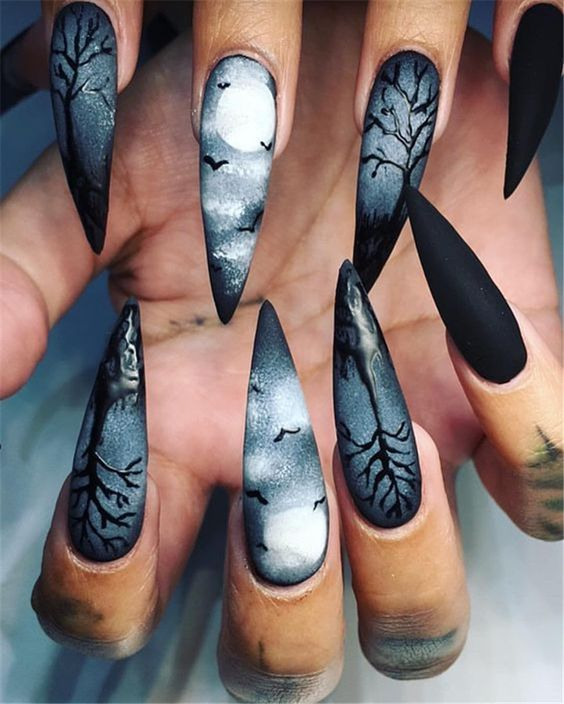 маникюр на Хэллоуин серый